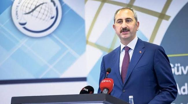 """Adalet Bakanı Abdulhamit Gül'den """"ışık"""" mesajına tepki, Işıklar yanıyor ne demek?"""