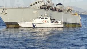 Yunanistan'ın mayın tarama gemisi su almaya başladı