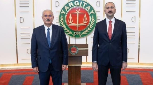 Abdulhamit Gül'den Yargıtay'a ziyaret