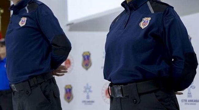 Uyuşturucu taşıyan infaz koruma memuru tutuklandı
